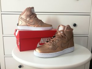 Nike Sneakers - wmns son of force mid
