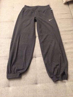 Nike - Sport oder Freizeithose