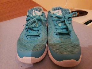 Nike Basket montante bleu clair-blanc