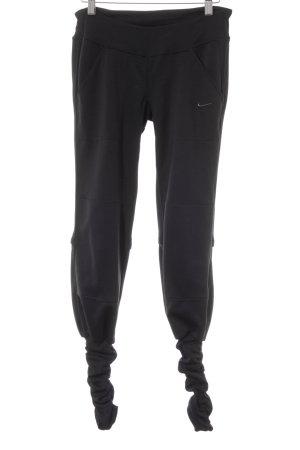 Nike Sporthose schwarz schlichter Stil