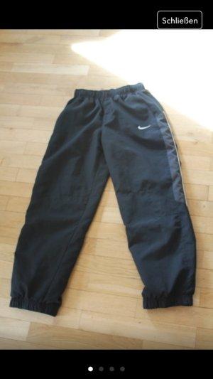 Nike Sporthose Zweilagig
