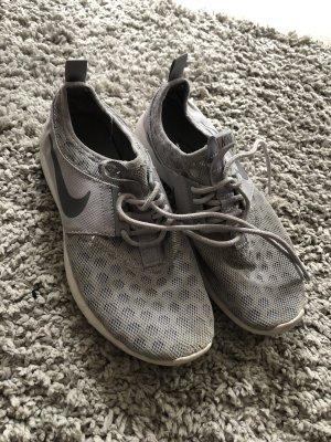 Nike Sportschuh 37