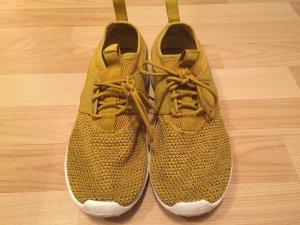Nike Sportschuh.....