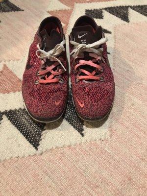 Nike Sneakers met veters framboosrood-zwart bruin