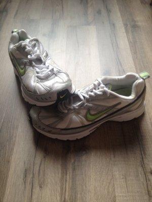 Nike Sportschuhe Fitness