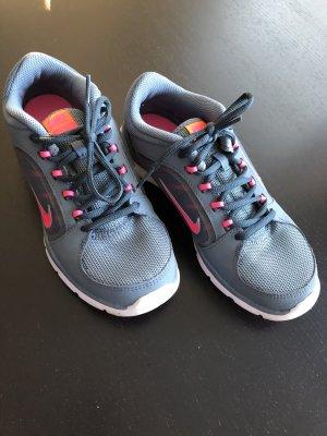 Nike Sportschuhe Gr. 37.5