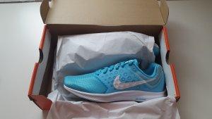 Nike Sportschuhe Gr. 38,5 neu/ nike Performance/ nike running