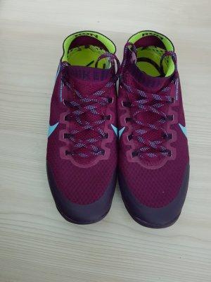Nike Sportschuhe Größe 38