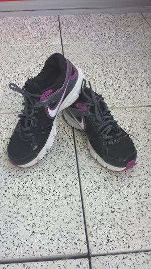 Nike Sportschuhe Laufschuhe