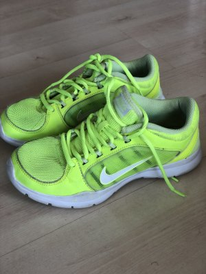 Nike Sportschuhe neongrelb Gr 36
