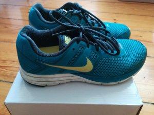 Nike Sportschuhe Sneaker Laufschuhe Petrol Gr. 40,5 / US 9 / UK 6.5 wenig getragen, Innensohle NEU