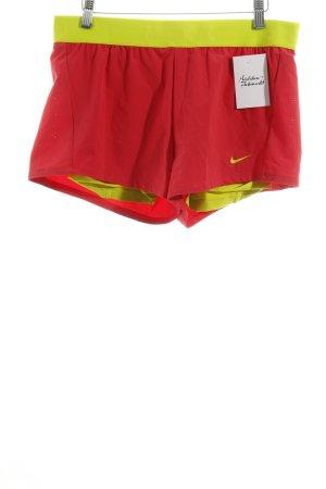 Nike Sportshorts neonpink-neongelb sportlicher Stil