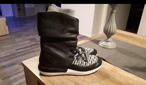 Nike Slip-on Booties white-black