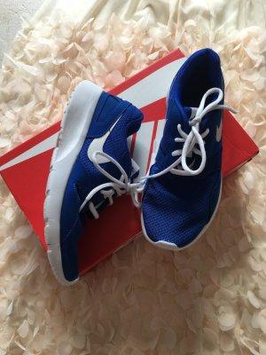 Nike Tajun 38 Blau Neuwertig
