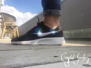 Nike Tanjun Roshe 37,5 schwarz Swarovski neu ovp