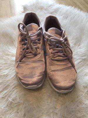 Nike Tanjun Schuhe Sneaker
