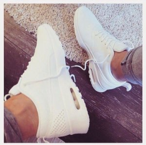 Nike Lace-Up Sneaker white-natural white synthetic material