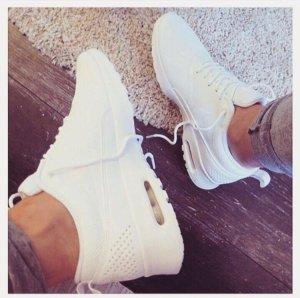Nike Thea Air Max *neu* 38.5