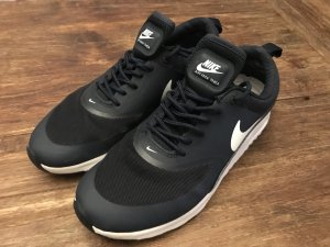 Nike Sneaker stringata nero-blu scuro
