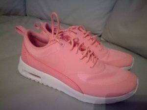 Nike Thea Damensneaker