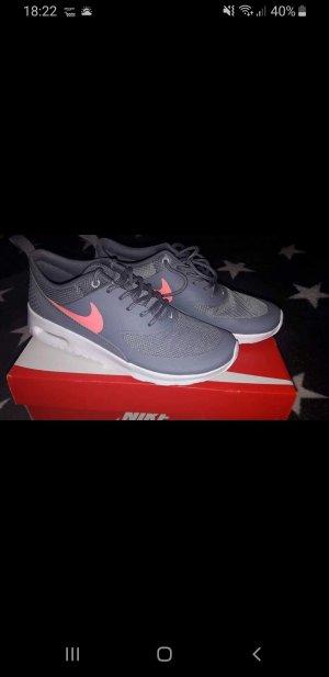 Nike Sneaker alta grigio