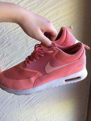 Nike Sneakers pink-salmon