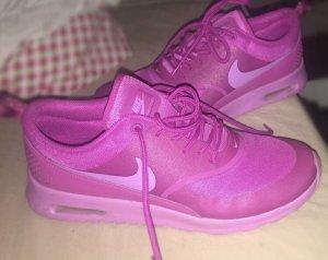 Nike Thea Pink