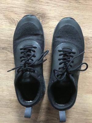 Nike Zapatilla brogue negro