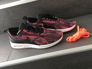 Nike Thea schwarz weiß bunt sneaker Turnschuhe Blogger neu Fashion 39