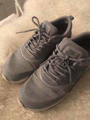 Nike Zapatillas color plata