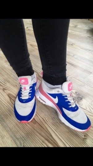 Nike Lace-Up Sneaker multicolored
