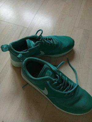 Nike Thea Türkis