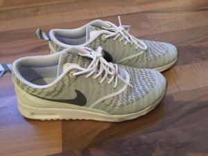 Nike Thea weiß grau 38,5