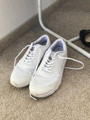 Nike Thea White Größe 37.5