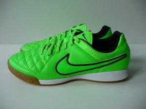 Nike Tiempo Hallenschuhe Größe 40, Leder, super Zustand. NP 59,95 Euro
