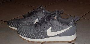 Nike Sneaker stringata bianco-grigio Tessuto misto