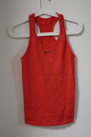 Nike Top in Pink/Rot