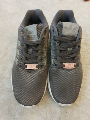 Nike Lace-Up Sneaker light grey-light pink