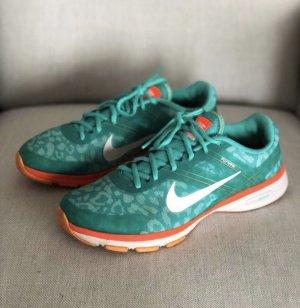 Nike Trainer Flywire leo grün 39/40