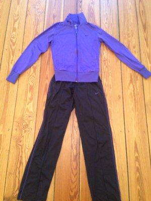 Nike Trainigsanzug lila