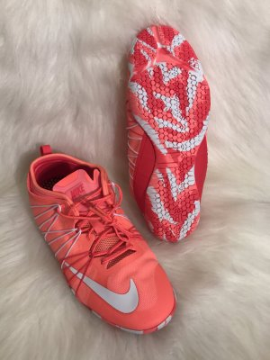 NIKE Training 1.0 neu