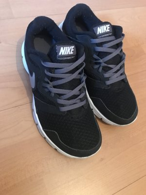 Nike Turnschuhe 35.5