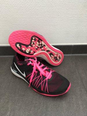 Nike Turnschuhe Dual Fusion