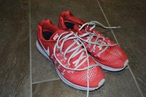 Nike Turnschuhe Gr.39, rot/weiss