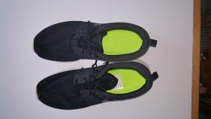 Nike Turnschuhe Gr 44