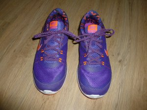 Nike Sneaker stringata lilla