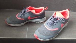 Nike Turnschuhe Sneaker 39