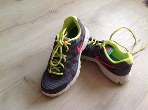 NIKE Turnschuhe Sneaker mit Neonfarben