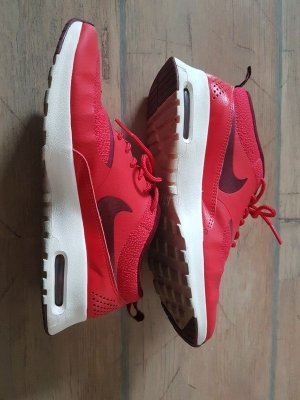 Nike Turnschuhe Sneaker Modell: Air Max Thea - Gr. 39 Farbe rot - TOP Zustand