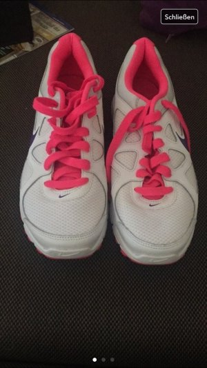 Nike Turnschuhe/ Sneaker neu